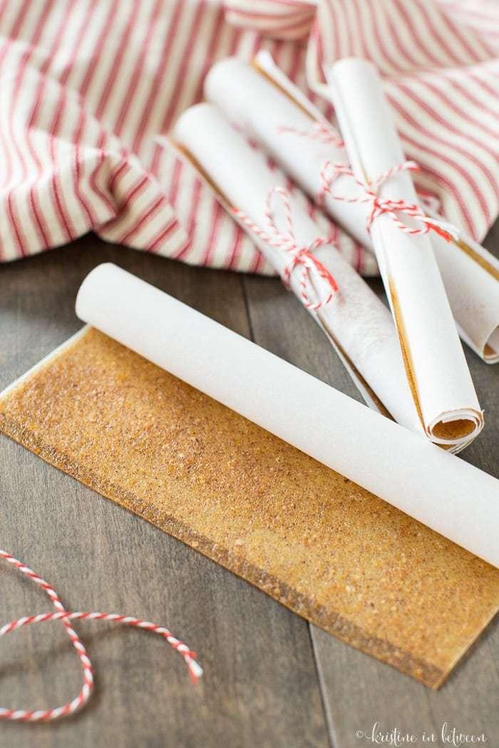 Crazy easy homemade apple cinnamon rollups made with no refined sugar!