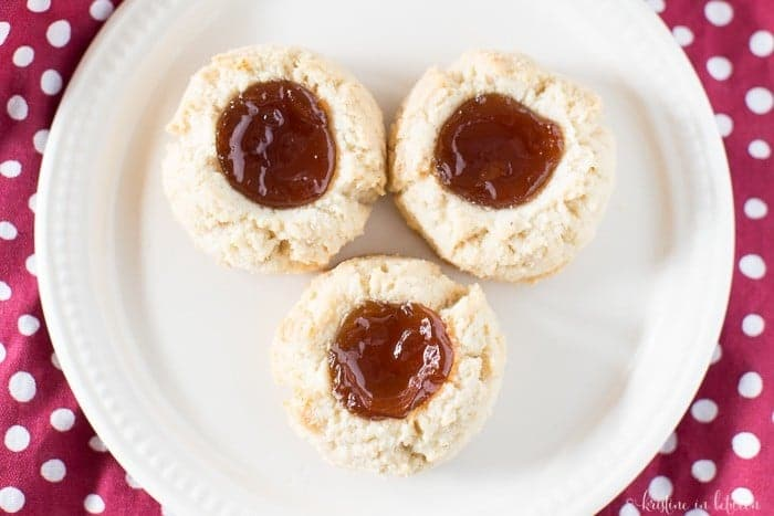 Gluten-free, grain-free almond flour shortbread cookies with raspberry jam!