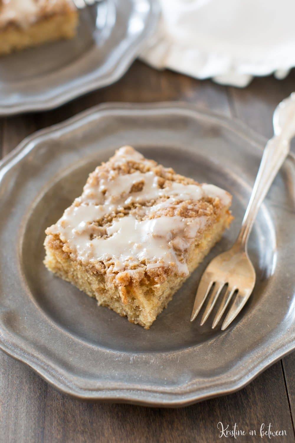 You'll love this quick and easy banana crumb cake!