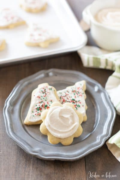 The best cut out sugar cookie recipe! The cookies are perfect for buttercream frosting!