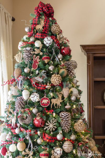 How to recycle your holiday ornaments each year for a totally new look!